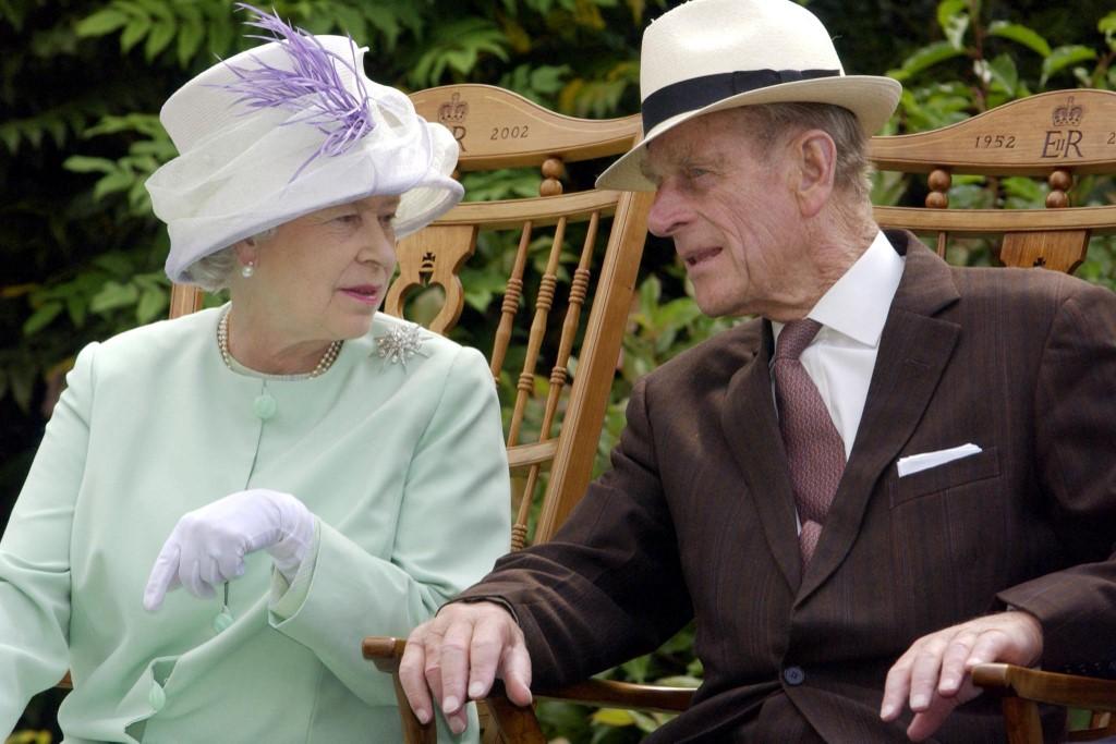 """Vdekja e Princit Philip ka lënë """"një boshllëk të madh në jetën e Mbretëreshës"""""""