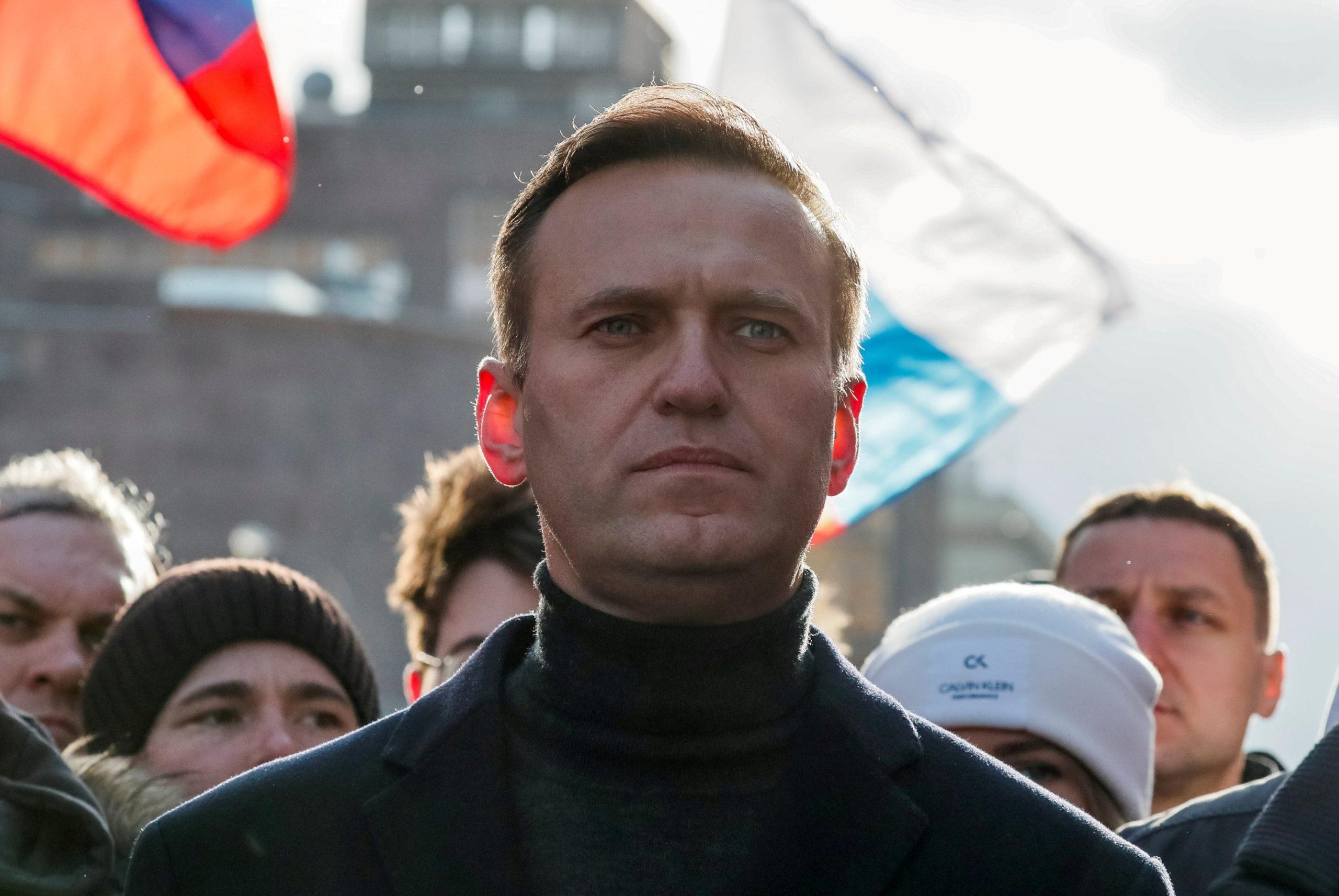 Temperaturë e lartë dhe kollë, kritiku i Putin-it shtrohet në spitalin e burgut
