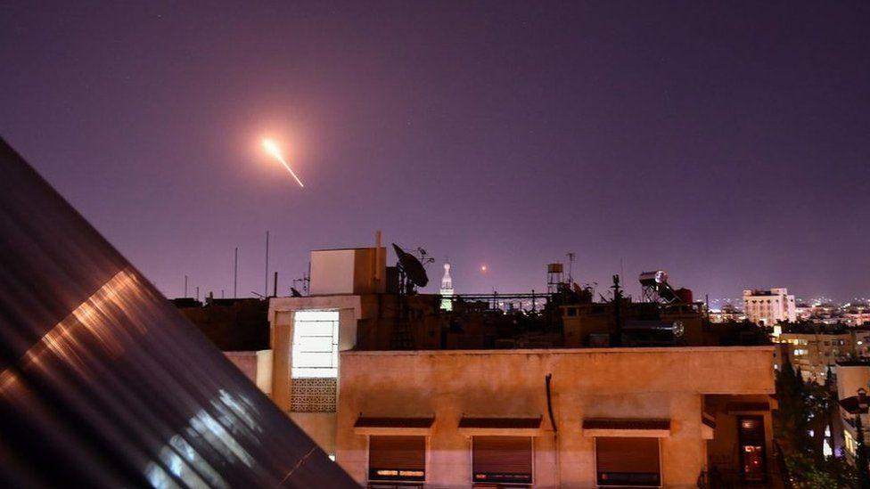 Raketa siriane shkakton alarm në Izrael