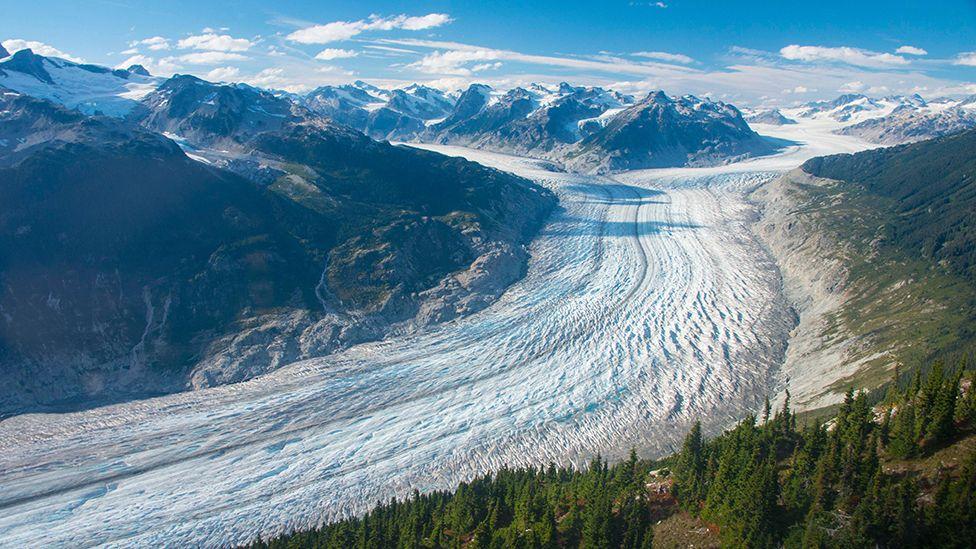 Ngrohja e klimës: Akullnajat në botë po shkrihen me një ritëm shumë të shpejtë