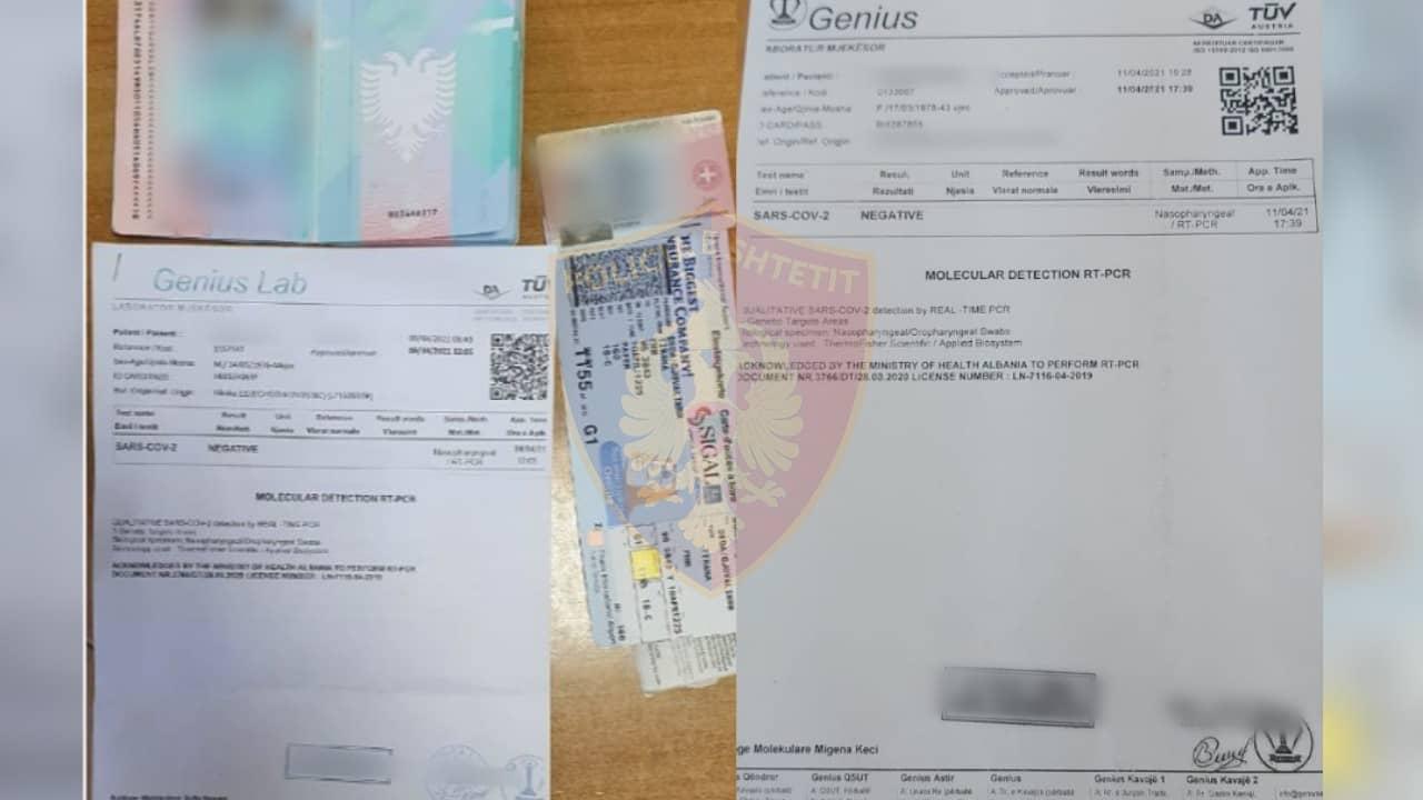 """Do kalonin kufirin me test të falsifikuar për COVID, policia """"kap mat"""" dy persona në Rinas"""