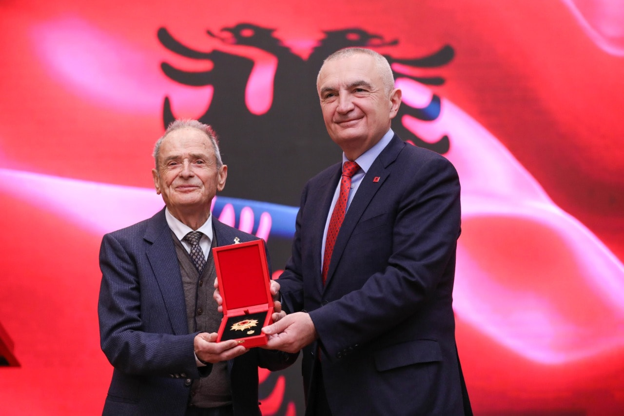 Meta dekoron me titullin e lartë atdhetarin Kostandin Kristoforidhi, thirrje: Zgjohuni shqiptarë!
