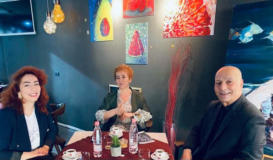 Voton Najada Çomo: Po pi kafen e parë me vajzën dhe bashkëshortin pas 412 ditësh