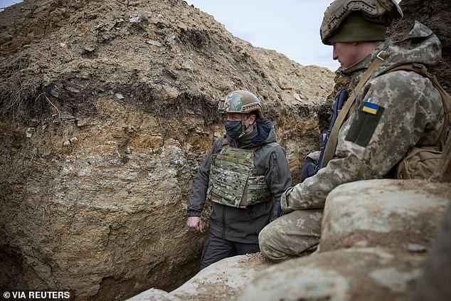 Putin kërcënon perëndimin duke rrethuar Ukrainën, SHBA dërgon anije në Detin e Zi
