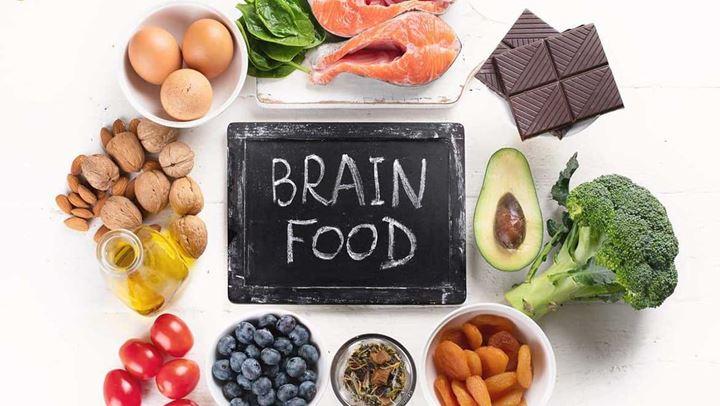 Këto janë ushqimet që përmirësojnë shëndetin e trurit