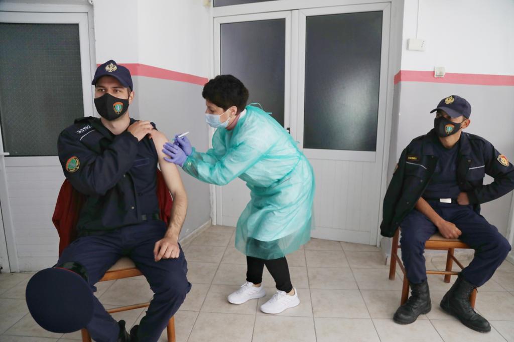 Çuçi: Vaksinohen rreth 4500 policë, procesi përfundon pas disa ditësh