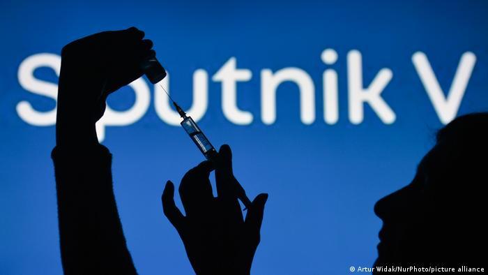 DW: Vaksina ruse Sputnik do të mbërrijë në Gjermani