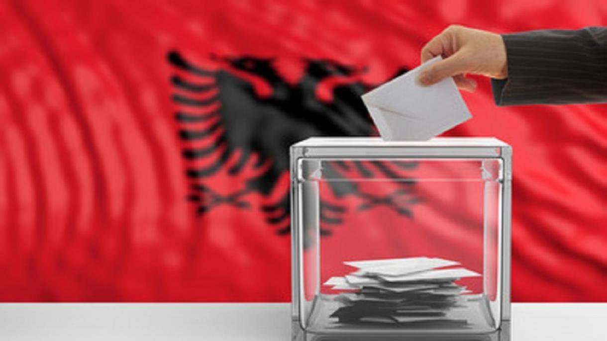 Kryetari i KZAZ Belsh: Procesi vijon normalisht në 40 qendra, vonesa në votimin elektronik