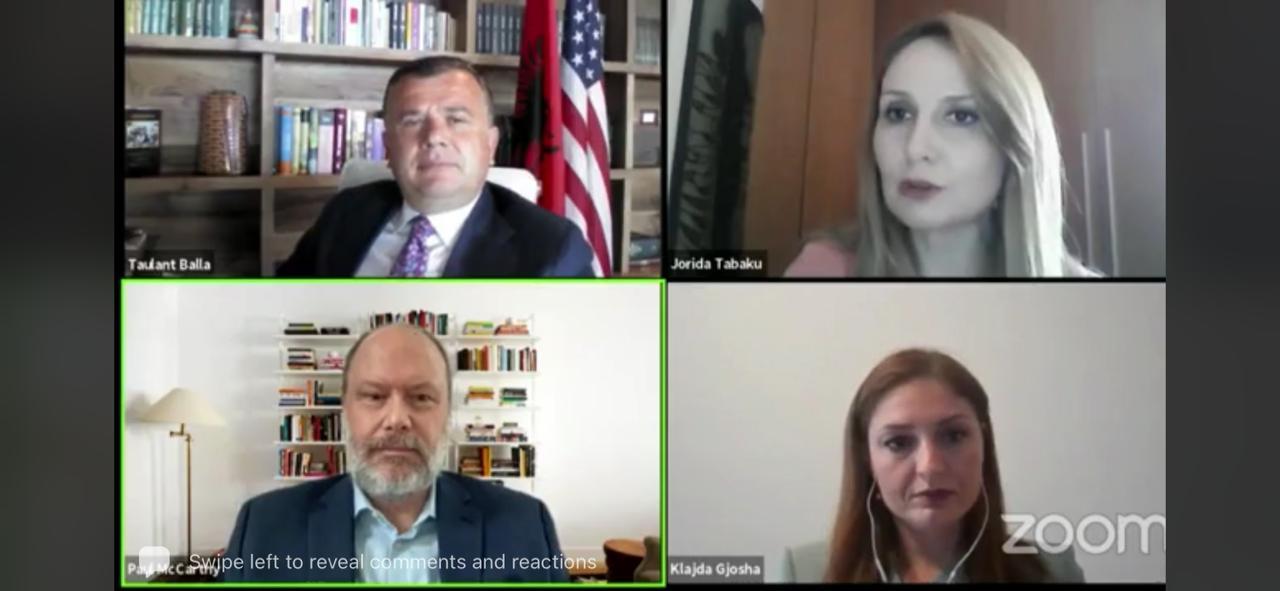 Takim online me amerikanët, Tabaku: U përdor krimi për të intimiduar numëruesit
