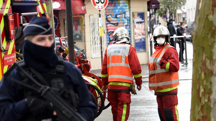 Të shtëna me armë para një spitali në Paris, plagosen dy persona