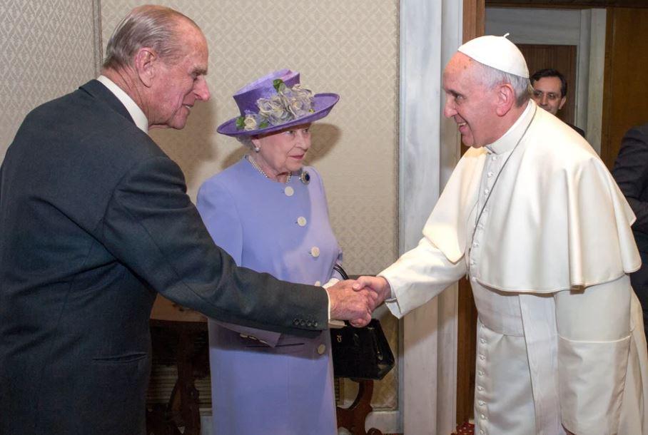 Papa  shpreh ngushëllime për vdekjen e princit Philip