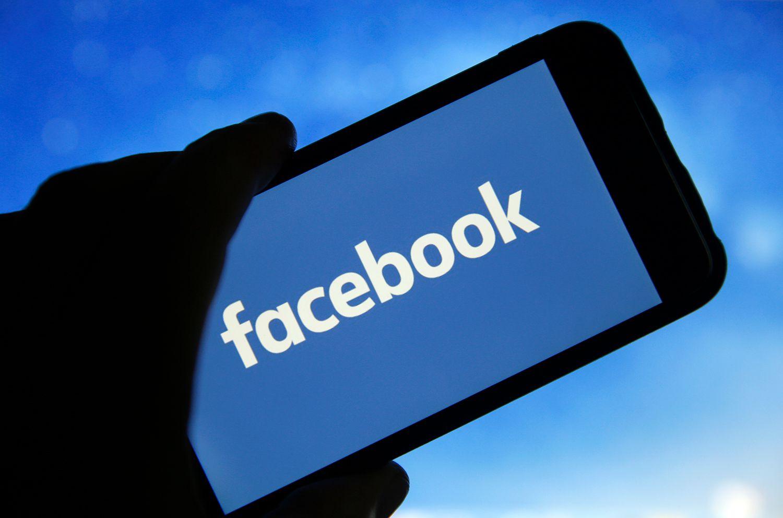 MEK reagon pas njoftimit të Facebook: Nuk është fshirë asnjë llogari e muxhahedinëve në Shqipëri
