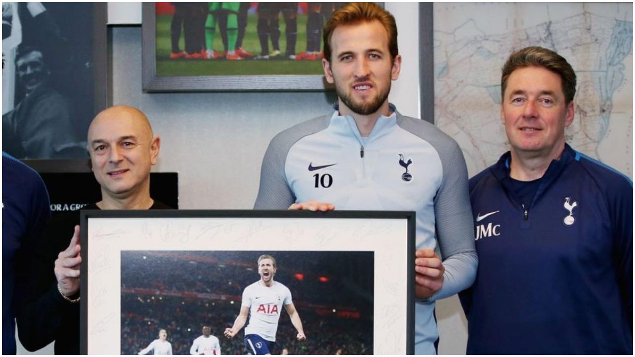 """Çmimi dhe """"përjashtimi"""" Premier, Tottenham vendos për të ardhmen e Kane"""