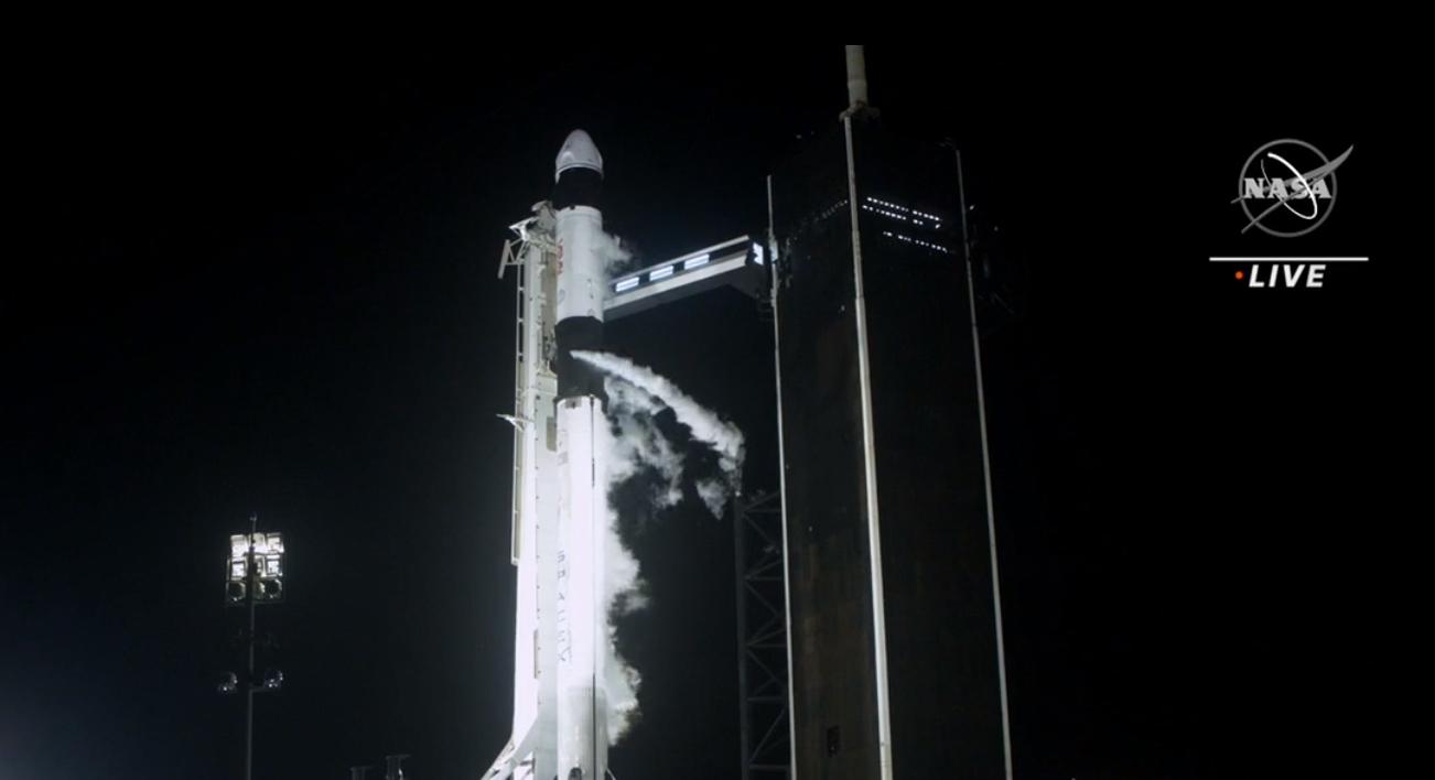 VIDEO/ NASA dhe SpaceX nisin 4 astronautë drejt Stacionit Ndërkombëtar Hapësinor