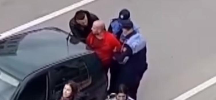 Tentoi të shtypë me makinë një çift në Tiranë, lihet në burg Taulant Mekollari