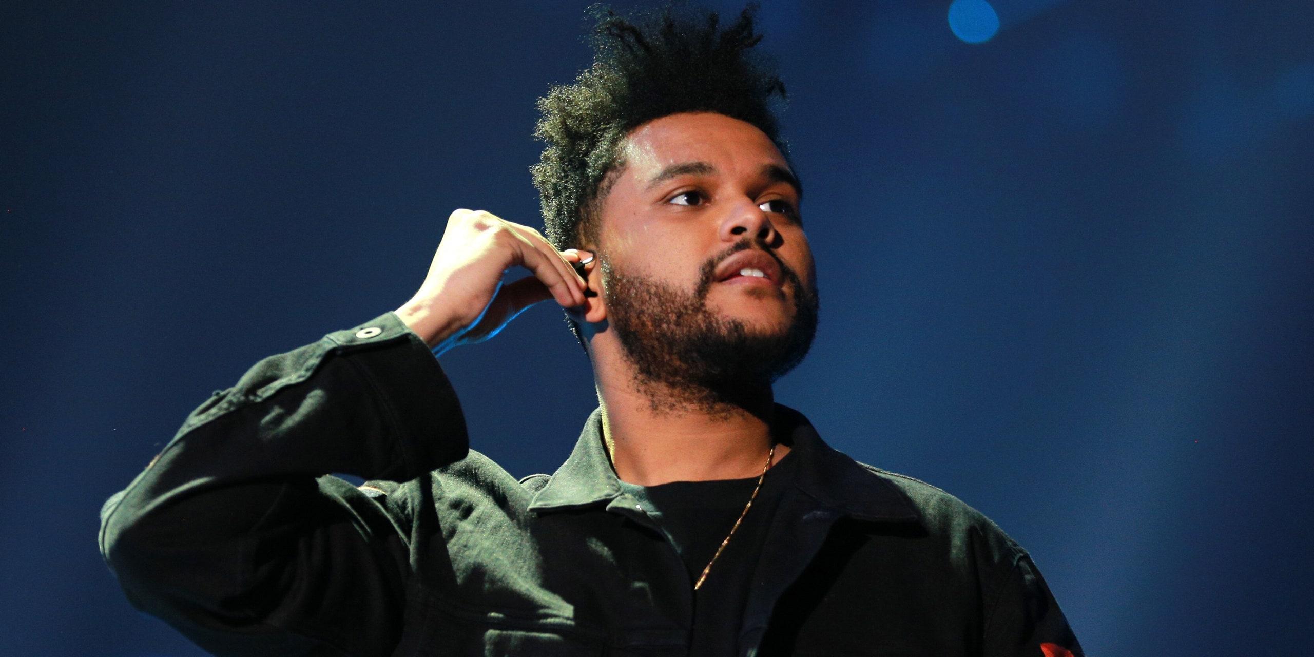 """U la në harresë nga """"Grammy"""", The Weeknd kryeson me 16 nominime në eventin e rëndësishëm"""