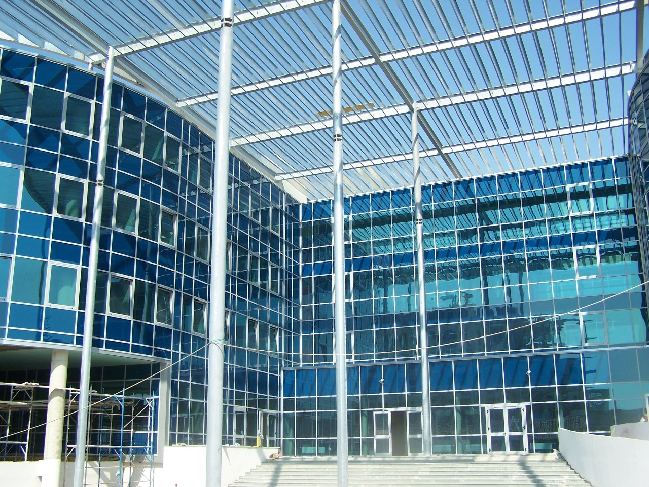 Gjykata e Posaçme pranon kërkesën e SPAK, sekuestron pasuritë e tre ish-gjyqtarëve