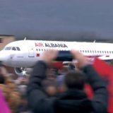 """""""Rama erdhi"""", ulet avioni i parë me pasagjerë në aeroportin e Kukësit"""