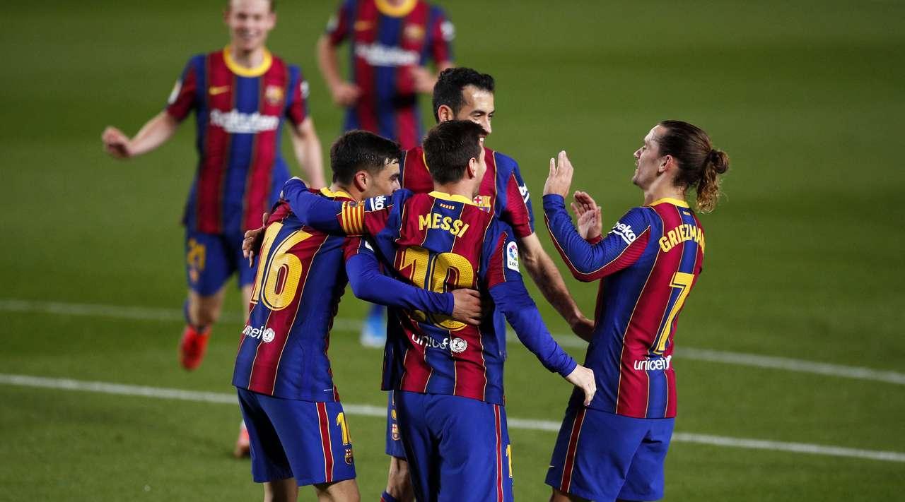 """Duhet emër i madh në mbrojtje, Barcelona """"piketon"""" shokun e Hysajt"""