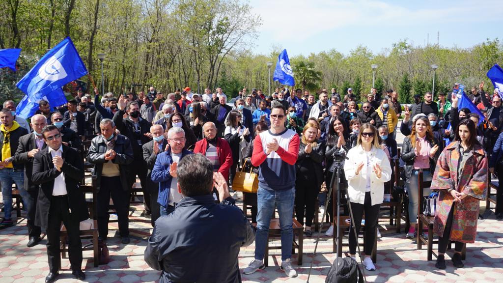 Fatmir Mediu në Levan: Bashkë t'i japim fund qeverisjes së korruptuar