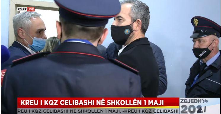 """Sherri në KZAZ, Celibashi mbërrin te shkolla """"1 Maj"""""""
