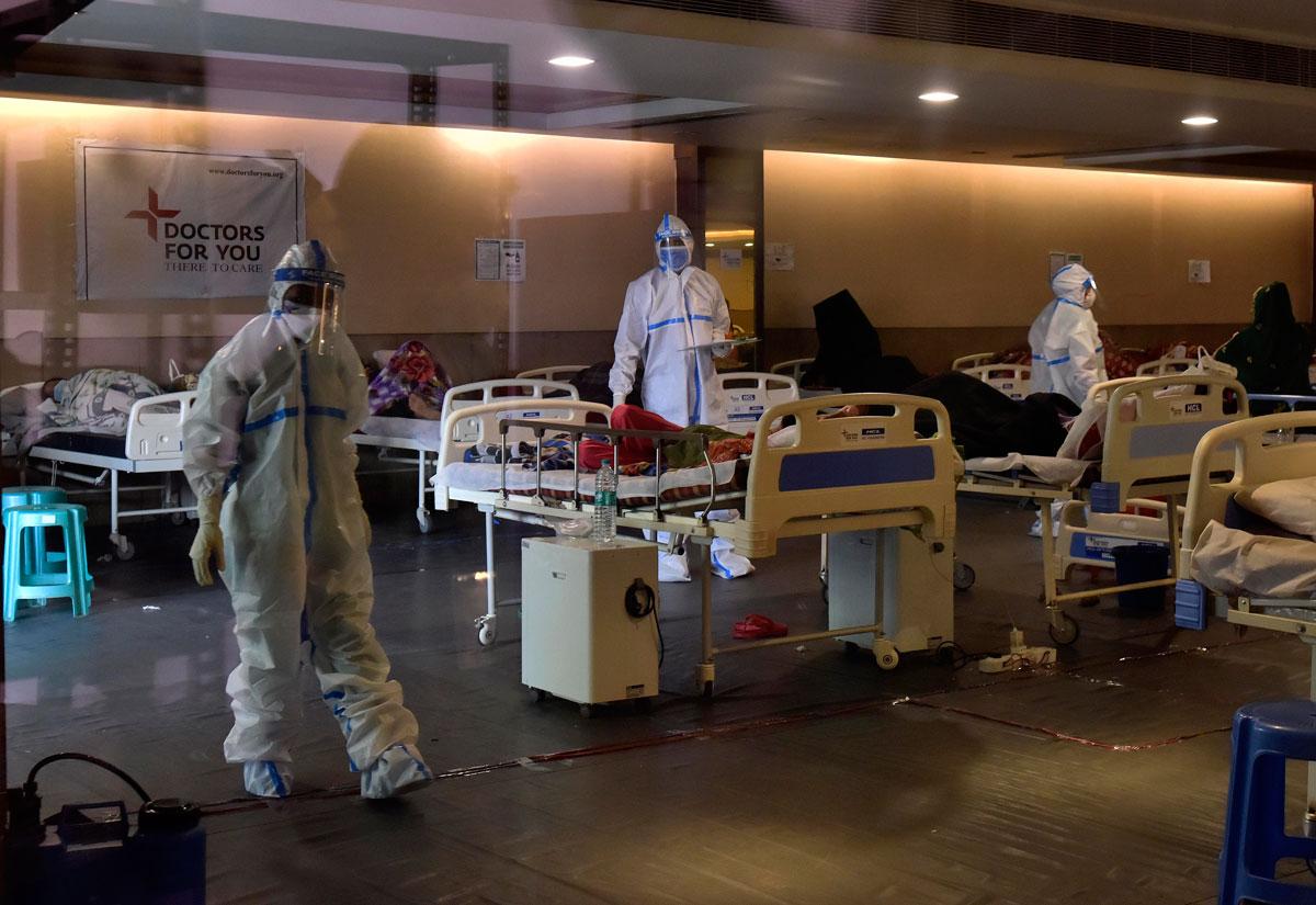 Hotelet shndërrohen në spitale për të infektuarit me Covid-19 në Indi