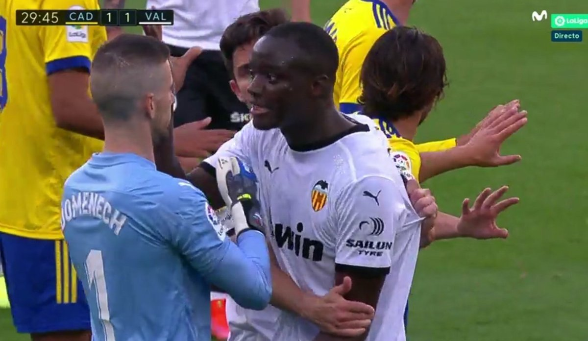VIDEO/ Racizëm në LaLiga ndaj Diakhaby, Valencia braktis ndeshjen