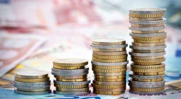 FMN: Ekonomia shqiptare pritet të arrijë nivelin e para krizës që këtë vit