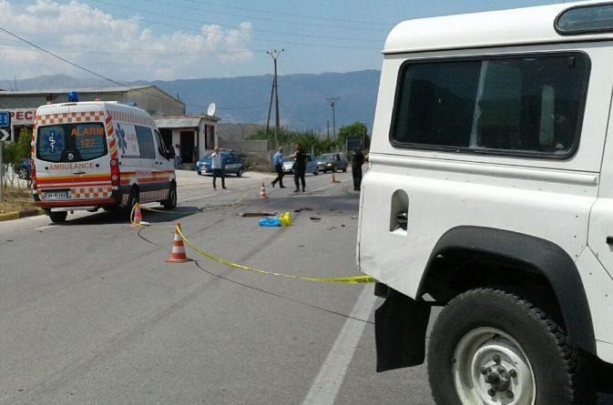E përplasi makina: Humb jetën 10-vjeçarja në Bulqizë, shoferi në polici