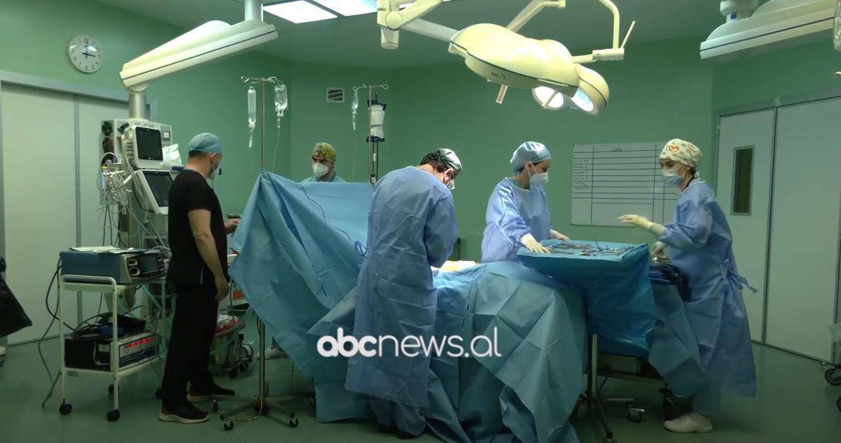 """""""Spitali Hygeia""""ndërhyrje në një paciente që pësoi trombozë pas Covid"""