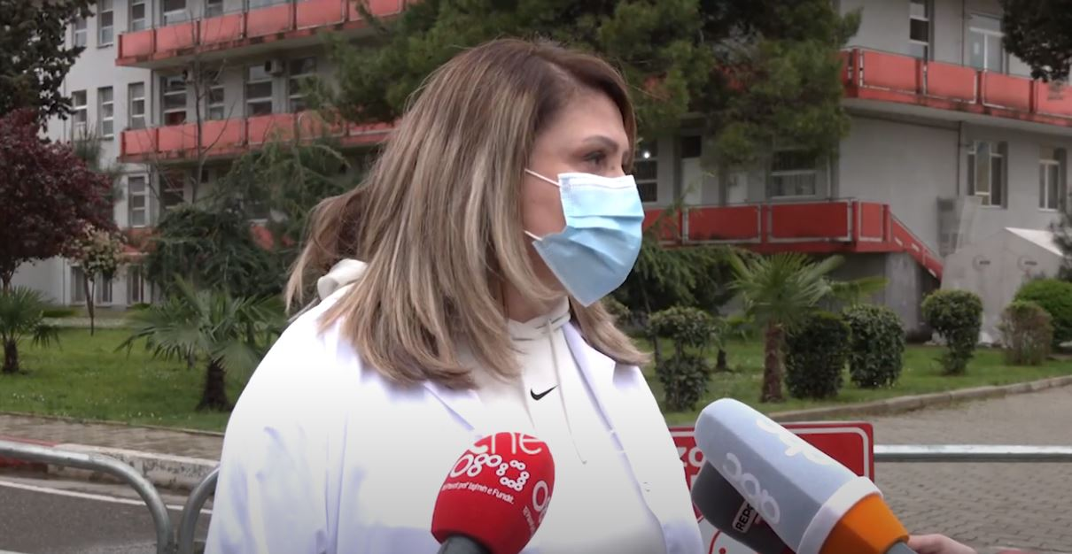 Në spitalin Infektiv nuk ka më të moshuar, mjekja: Ka dhënë efekt vaksinimi