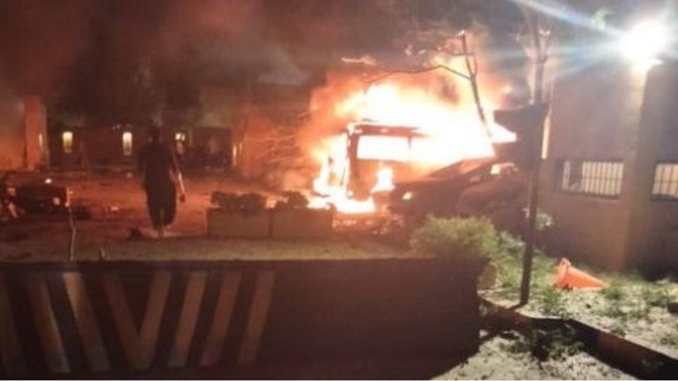 Shpërthim në një hotel luksoz në Pakistan, 3 të vdekur dhe 11 të plagosur