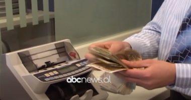 Nivel rekord i parave që qarkullojnë jashtë sistemit bankar