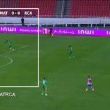 VIDEO/ Leksione nga Maroku, si t'i falë portieri penallti absurde rivalit