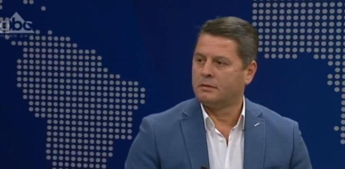 """""""Falenderoj PS-në dhe PD-në"""", Pjerin Ndreu reagon pas mbylljes së orarit të votimit"""