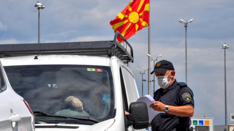 Maqedonia ndryshon masat kufizuese, Zaev: Kufijtë nuk do të mbyllen