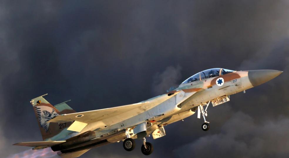 Një raketë siriane bie afër reaktorit bërthamor në Izrael