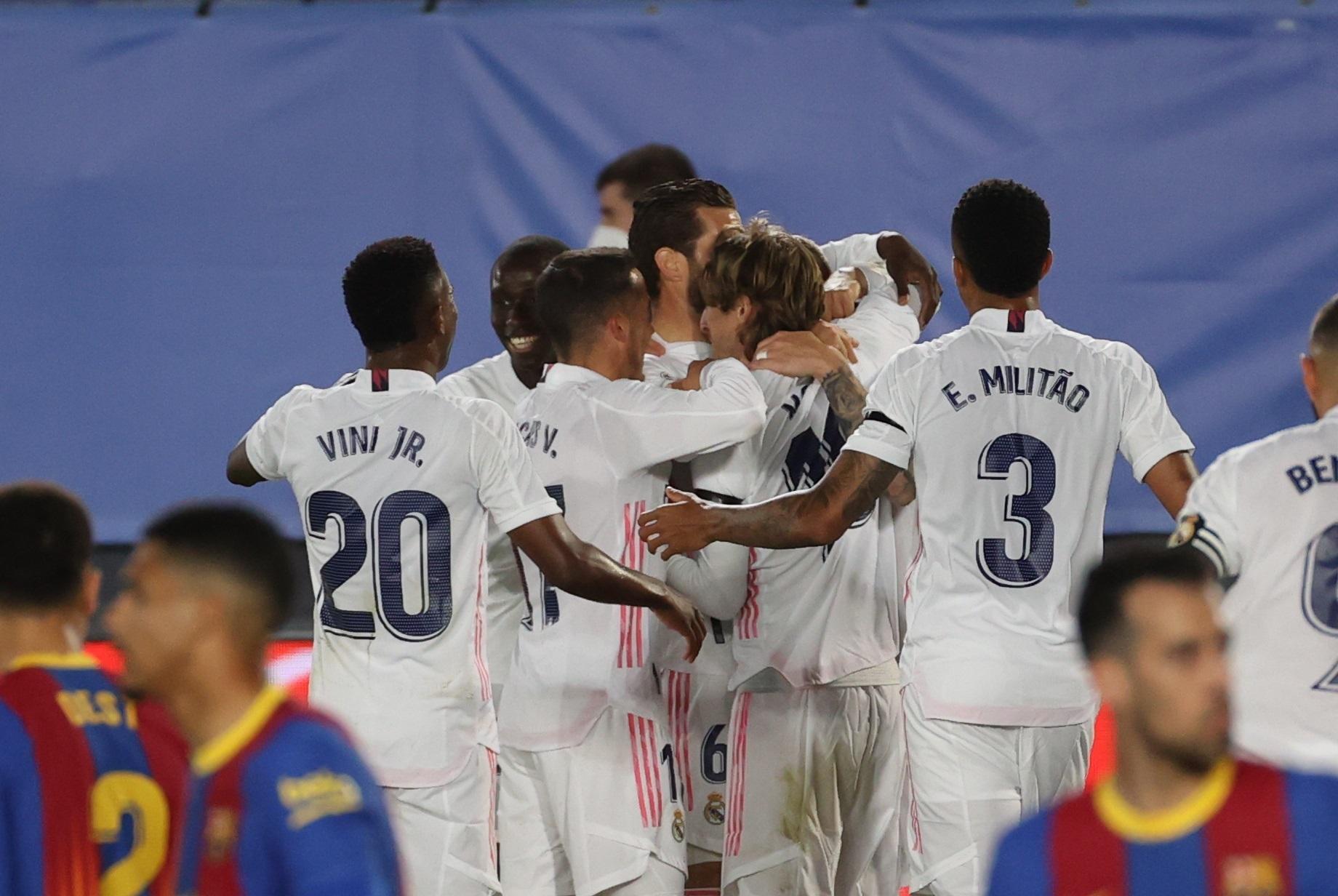 Mbrojtësi do largimin nga Real Madrid, United bën ofertën e parë