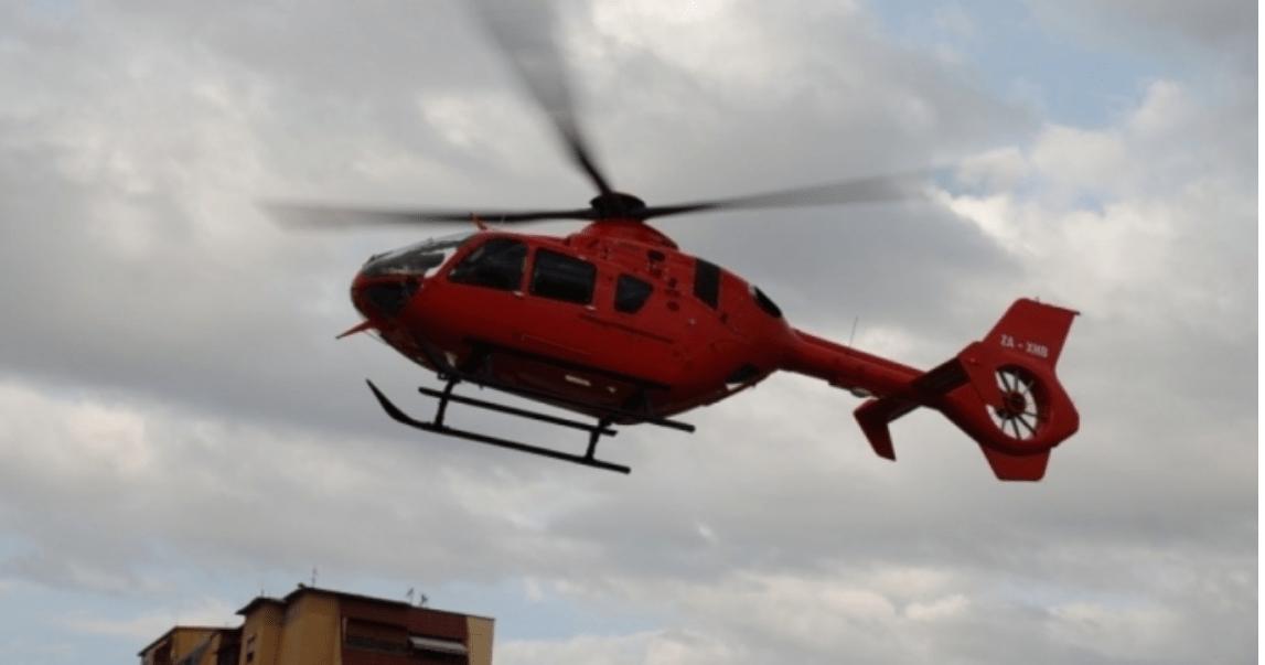 E rëndë në Sarandë, 3-vjeçarin e zë poshtë dollapi, niset me helikopter drejt Tiranës