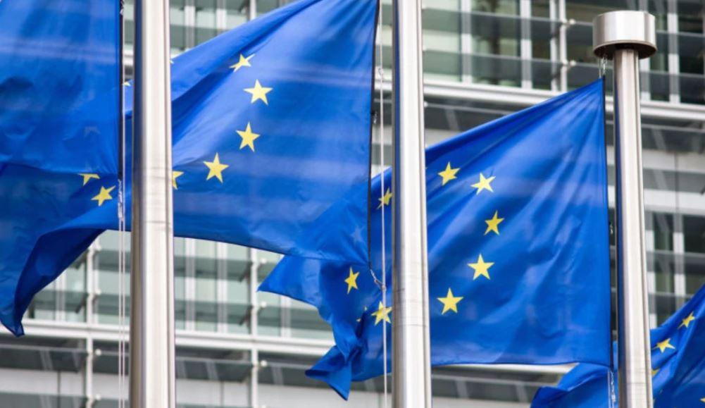 Moska dhe Pekini po dezinformojnë për vaksinat, thotë BE-ja