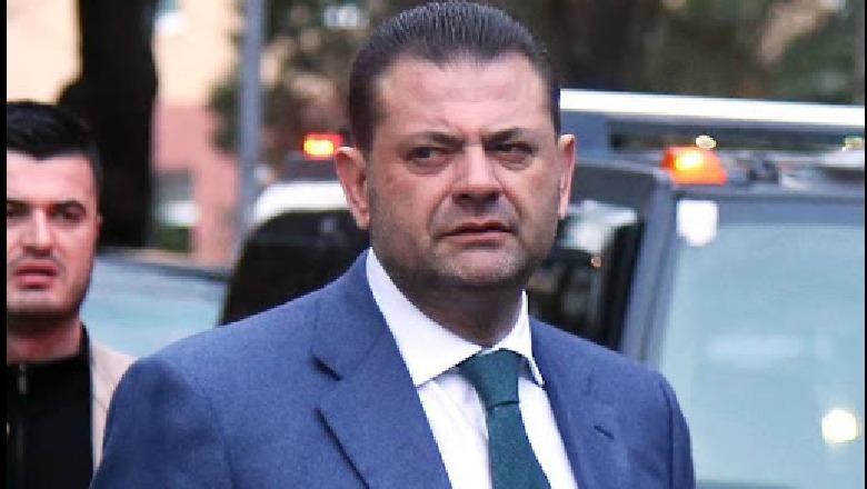 U dorëhoq nga mandati, Tom Doshi lë pas demokratë e socialistë, kandidati më i votuar në Shkodër