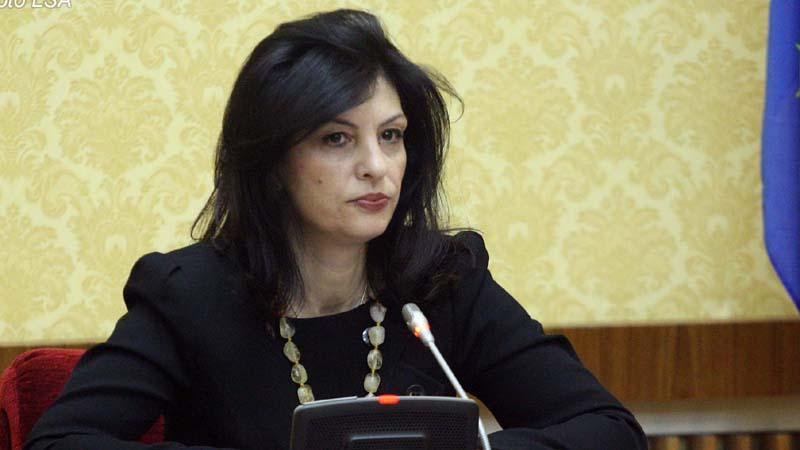 Hyri me bujë, por dështoi në 4 qarqe! Ja sa vota mori Jozefina Topalli nga Tirana në Shkodër