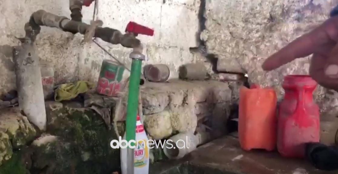 Fshati Goskovë me ujë të ndotur, banorët: Paguajmë tarifat, por nuk kemi ujë të pijshëm