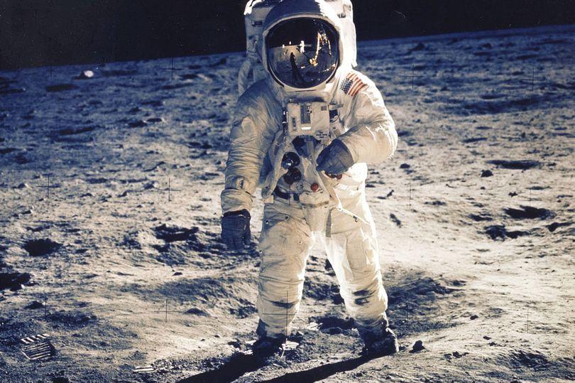 Astronautët në Hënë do të jenë në gjendje të përdorin WhatsApp dhe Netflix