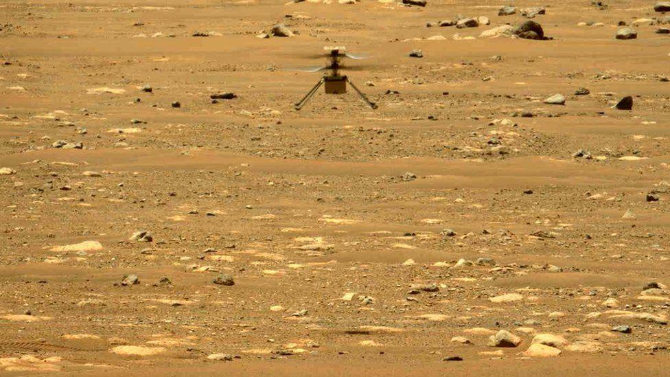 Ingenuity kalon pritshmëritë, NASA zgjat misionin e helikopterëve në Mars