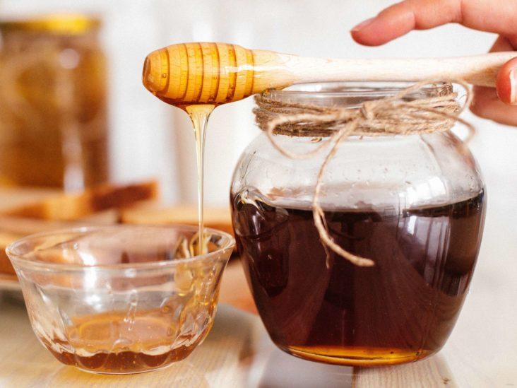 Çfarë ndodh në trup kur hani çdo ditë një lugë mjaltë?