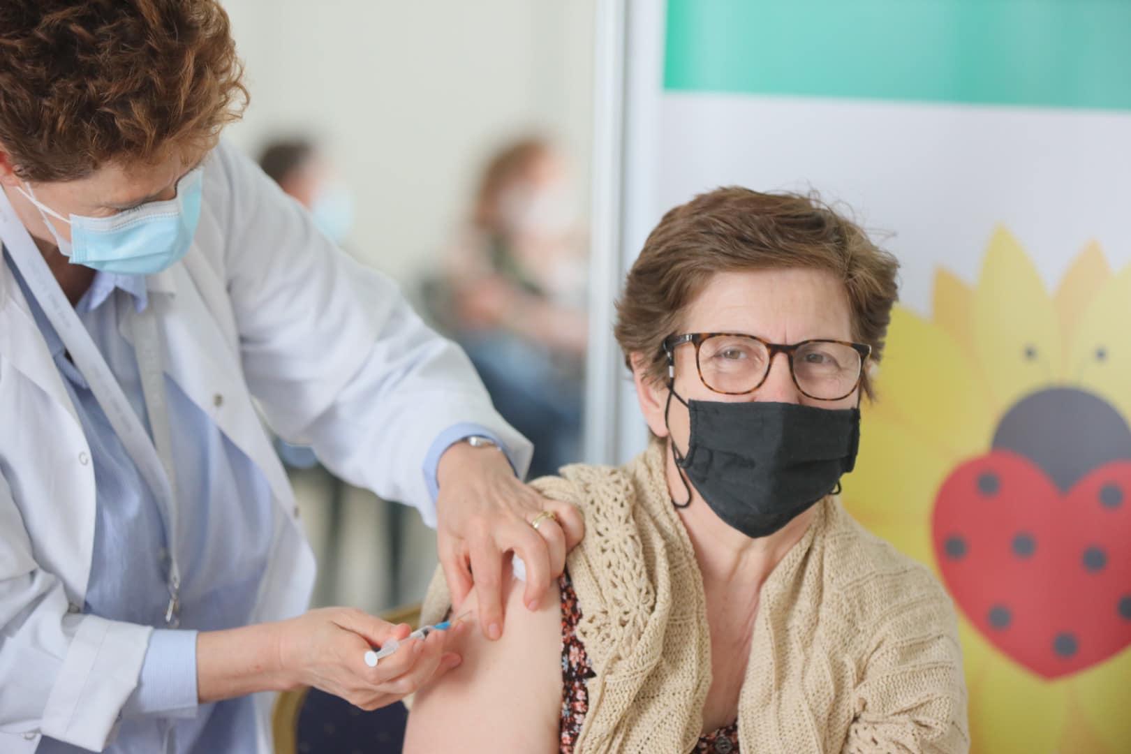 Sot u vaksinuan mbi 13 mijë qytetarë, Manastirliu: Proces shembullor