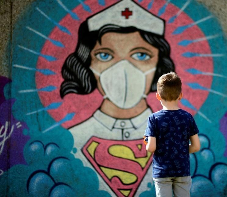 Meta në ditën e infermierëve: Përmirësimi i kushteve dhe trajtimi i duhur financiar vendimtar