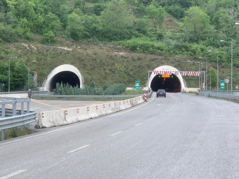 ARRSH jep njoftimin e rëndësishëm: Kufizohet lëvizja në këtë orë në tunelin e Krrabës, do lajmë muret