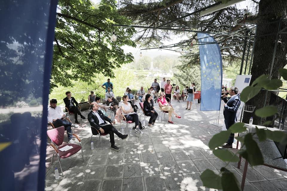 Ambasadorët bëhen bashkë në Përmet: Fokus i takimit, mbrojtja e lumit Vjosa